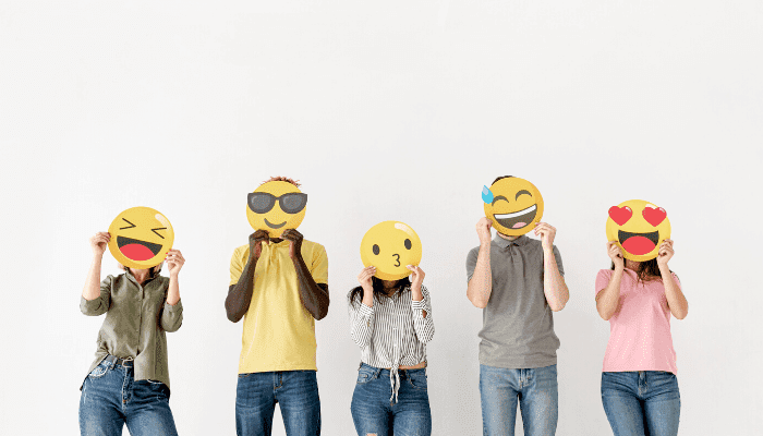 how to use emojis in email marketing campaigns